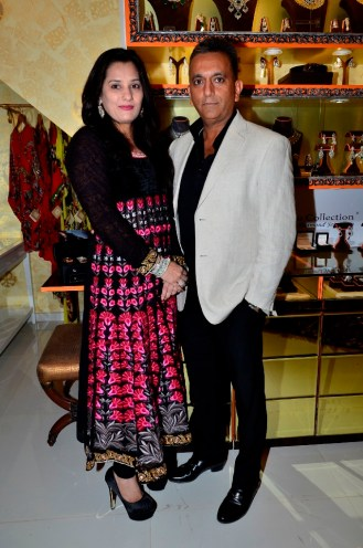 20 Manish & Jyoti from Cappachino Collectin Jewellery - Pria Kataaria Puri Store Launch Event