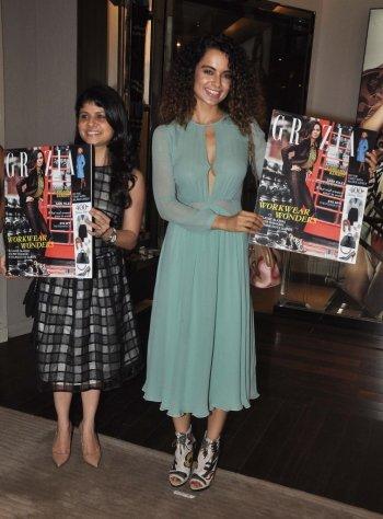 Mehernaaz Dhondy (Editor, Grazia) & Kangana Ranaut launched the Grazia Magazine Cover at Burbberry.7