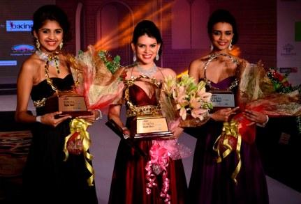 1st Runner up Monica, Siddhi Winner & 2nd Runner up Neelam of 'Femina Style Diva 2014'.