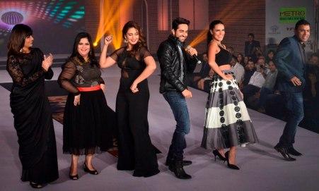 Celebs performing on Ayushman Khurana's songs at the 'Femina Style Diva 2014' finale.