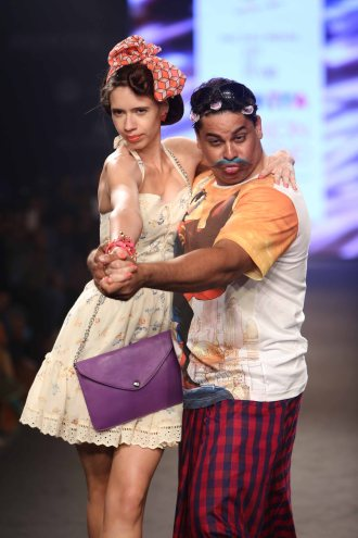 LookGood Fall 2014 Trend Indigo and Print Clash curated by Ami Patel with Kalki Koechlin as shostopper 1