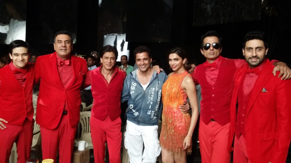 Ganesh Hegde with Happy New Year Cast
