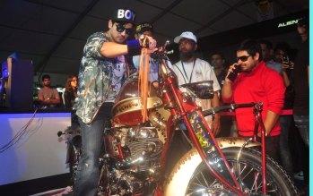 Tena Desae & Zayed Khan at the 'Autocar Performance Show 2014.9