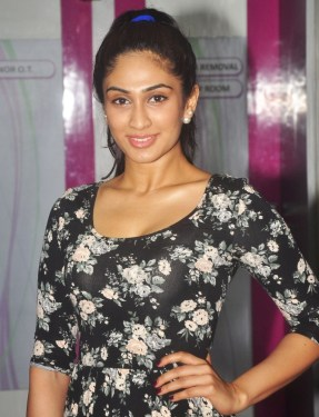 Deepti Sati (Femina Miss India) at the 'Sakhiya skin Clinic' Launch in Mumbai.1