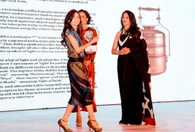 Shobhaa De & Adhuna Akhtar presenting the awards at the GoodHomes Awards 2014 at Sofitel,BKC.