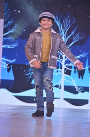 Child showstopper Shivansh Kotia at IKFW for Brown Bows