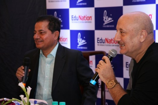 Dr Vasudevan Pilla & Actor Anupam Kher @ Book Launch - EduNation by Dr Pillai_08