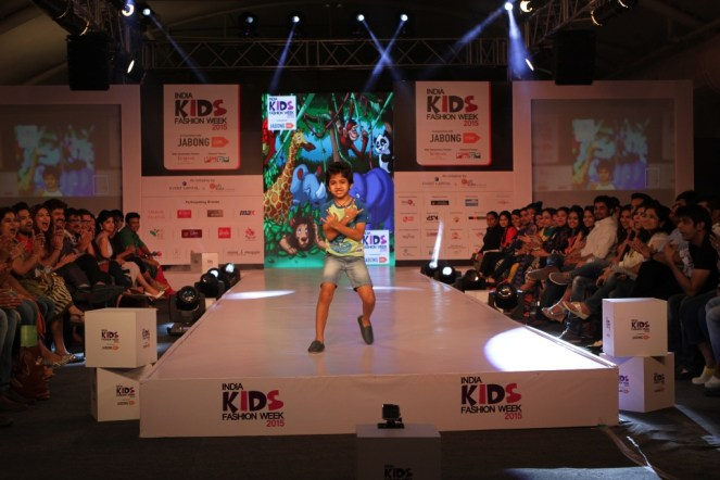 Kid walking the ramp for Max Retail at India Kids Fashion Week 2015