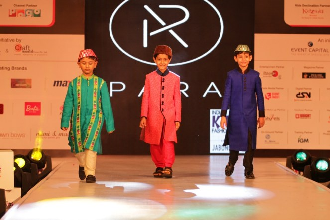 Kids walking the ramp for Pooja Jhunjhunwala for PARA at IKFW 2015