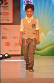 Vivaan Sudhanshu Pandey at IKFW for Brown Bows