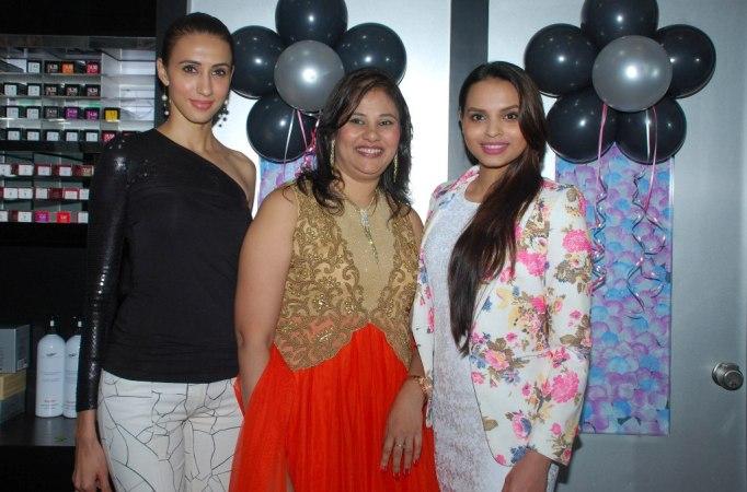 Ms. Mallerine Kukian (Director) with Super Model Alesia Raut & Femina Miss India - Gail Nicole Da Silva post inauguration of 'Glow Studio Salon & Spa' in Thane.1