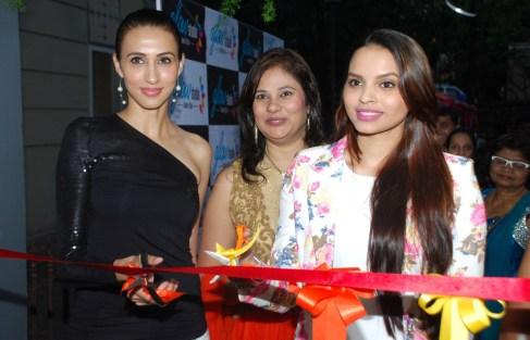 Ms. Mallerine Kukian (Director) with Super Model Alesia Raut & Femina Miss India - Gail Nicole Da Silva while inaugurating the 'Glow Studio Salon & Spa' in Thane.