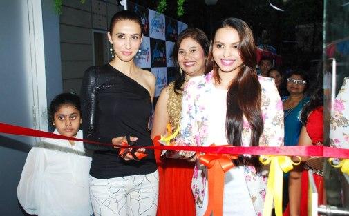 Ms. Mallerine Kukian (Director) with Super Model Alesia Raut & Femina Miss India - Gail Nicole Da Silva while inaugurating the 'Glow Studio Salon & Spa' in Thane