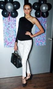 Super Model Alesia Raut inaugurated the 'Glow Studio Salon & Spa' in Thane