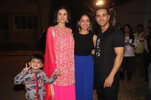 L-R- Divya Khosla Kumar with her son Ruhaan, Yami Gautam, Pulkit Samrat