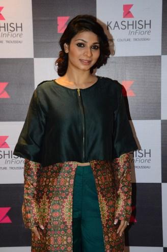 Tanisha Mukherjee (1)