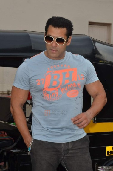 bollywood-red-salman-khan-2