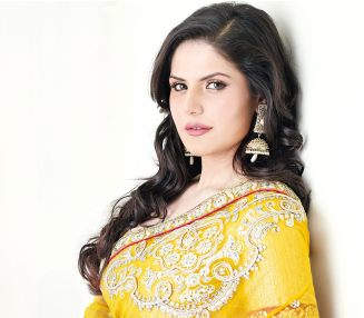 bollywood-red-zareen-khan