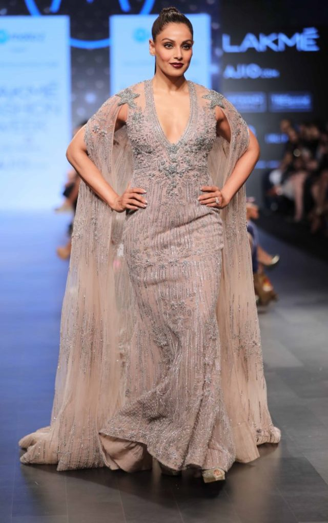 Bipasha Basu at LFW