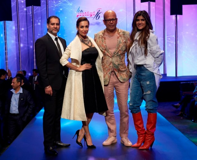 Vikram Bawa, Malaika Arora, Narendra Kumar Ahmed and Ananya Birla at the Liva Protege 2016 by Birla Cellulose