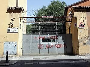Quelle caserme abbandonate  Foto e il miraggio di un tesoretto in mattoni  Bologna  Repubblicait