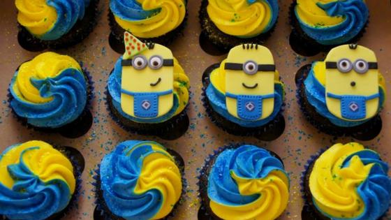 26 IdeiasCupcakes Minions 7 - Cupcakes Minion : 11 Ideias de decoração