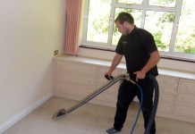personal de limpieza de casas clear house