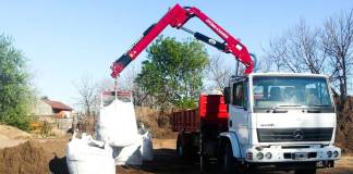 camion hidrogrua para tareas de chofer driver truck_edited