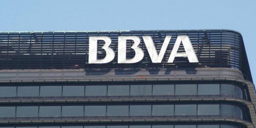 BBVA consigue cotizar a 8 euros la acción