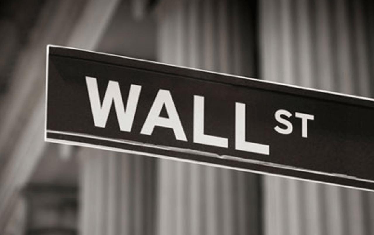 Wall Street pierde en la apertura neoyorquina