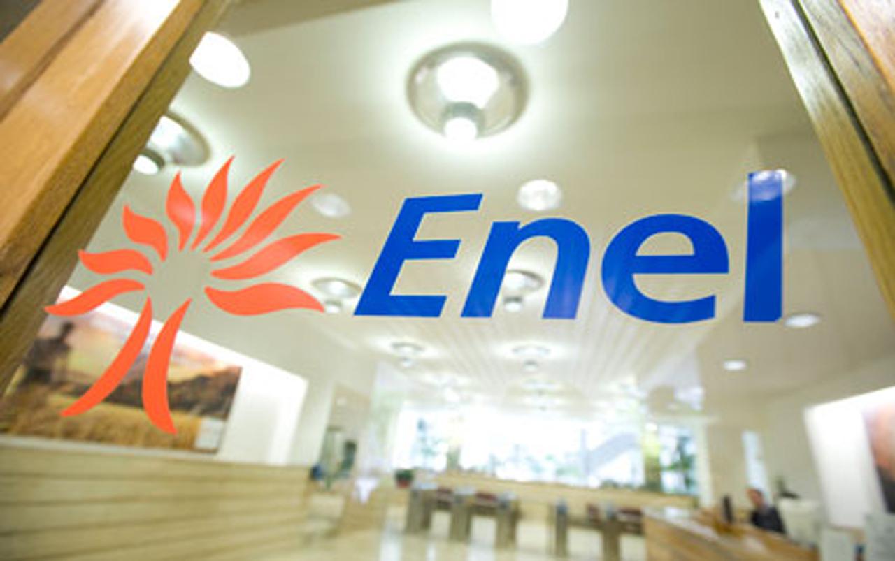 Enel podru00eda lanzar una OPV por Endesa