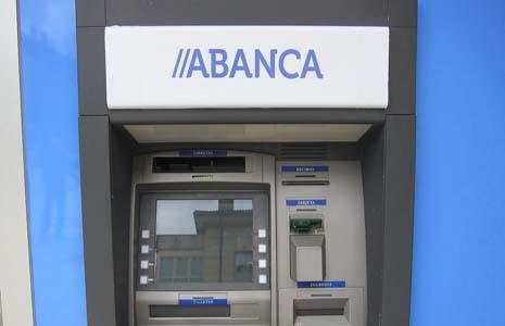 Abanca vende a Sacyr su participaciu00f3n en la autovu00eda do Barbanza