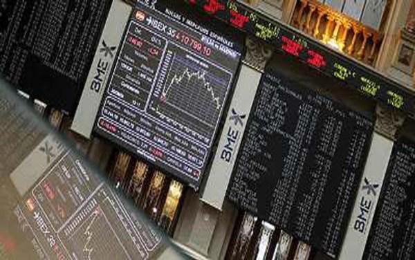 La Bolsa de Madrid cede un 0,53% en la apertura del viernes