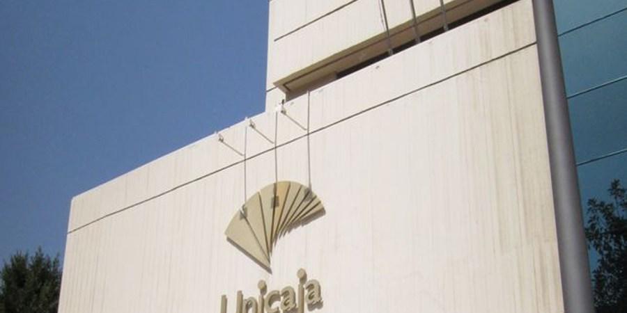 Unicaja debuta en Bolsa a un precio de 1,1 euros