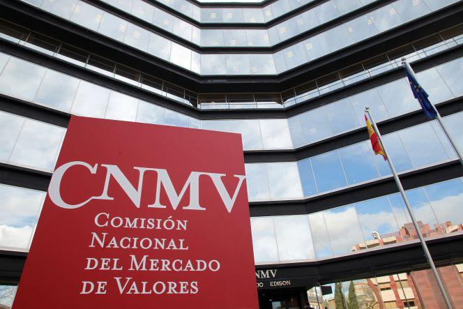 CNMV: los mercados españoles, 'sin estrés' por Popular y Cataluña en 2017