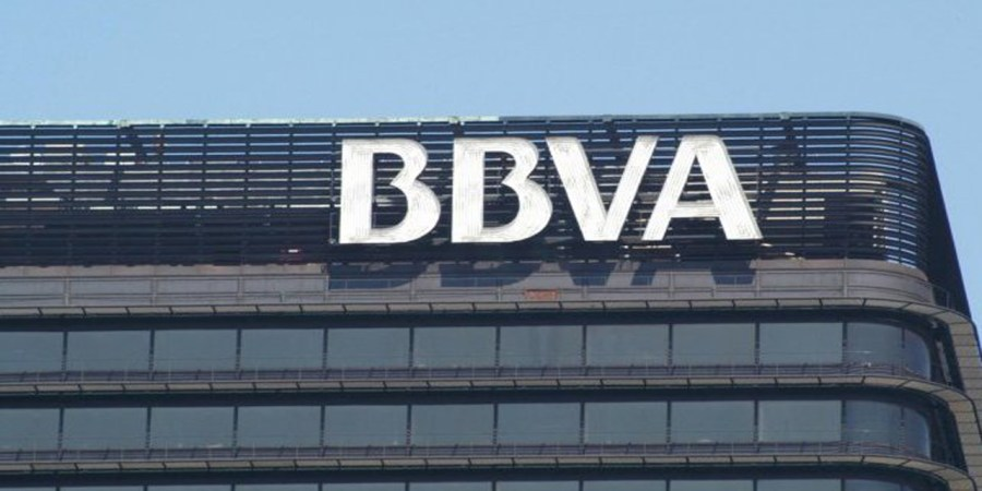 S&P eleva la perspectiva de la calificación crediticia de BBVA