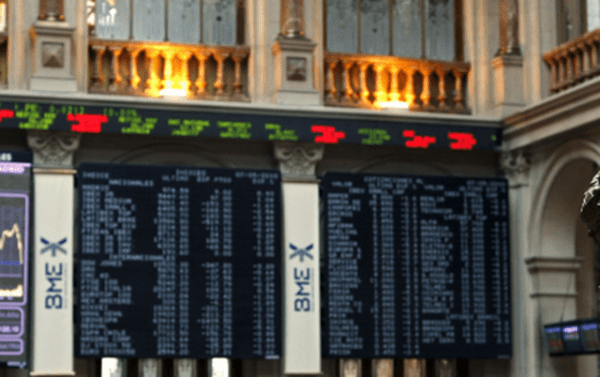La Bolsa de Madrid cede un 0,01% en la apertura del lunes