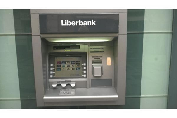 Liberbank abre la conversión de bonos subordinados