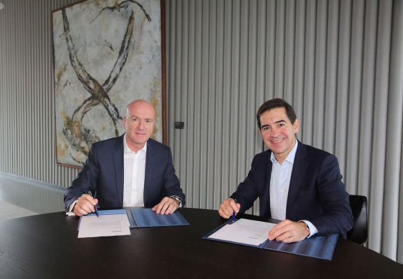 BBVA y Telefónica firman acuerdo estratégico global