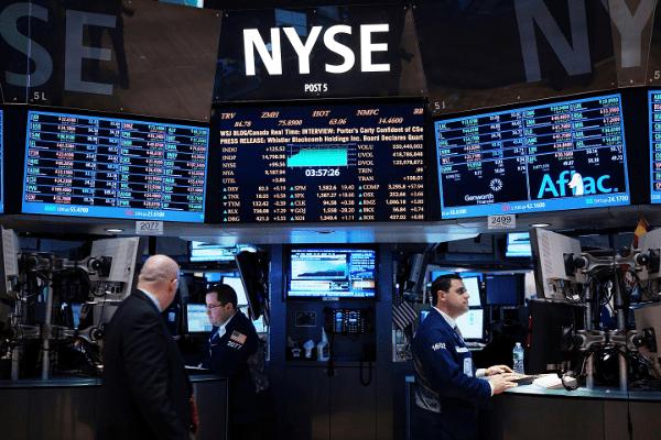 La Bolsa de Nueva York termina el lunes de forma mixta