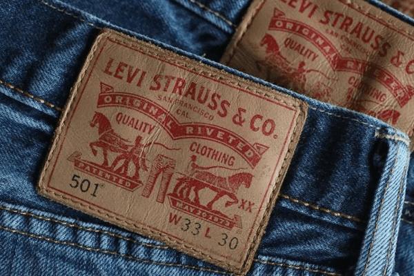 Levi Strauss regresa a Wall Street