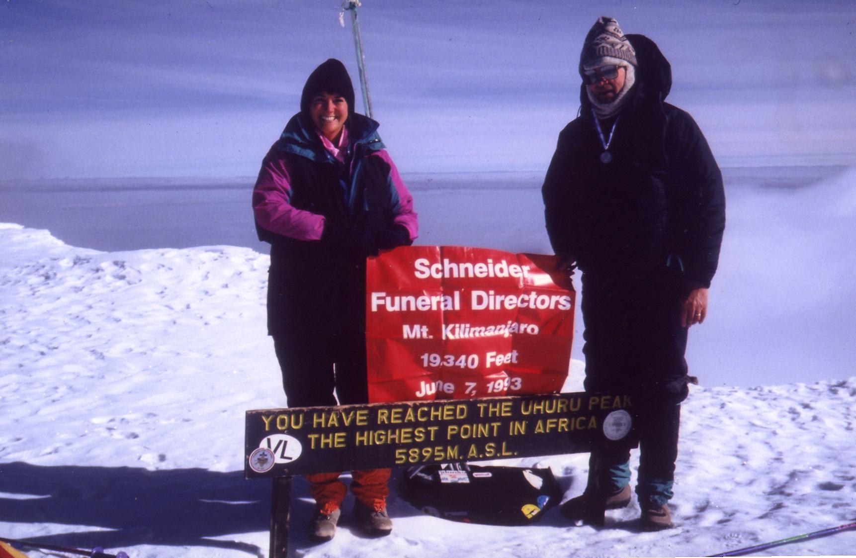 lori-schneider-and-father-neil-on-summit-of-mount-killimanjaro-1993