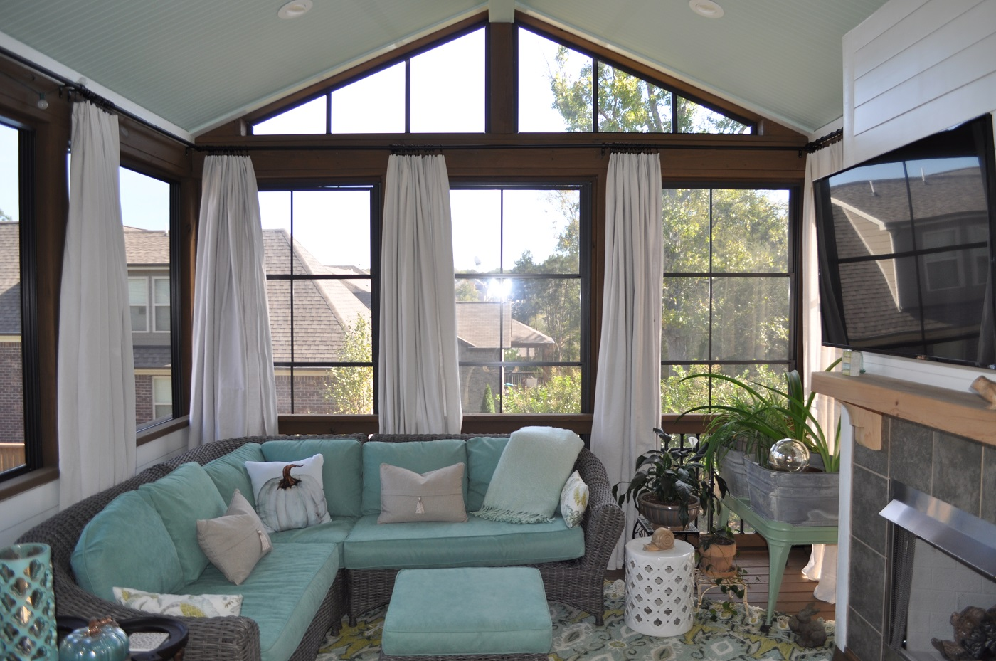 Do You Want a Nashville Screened in Porch 3Season Room