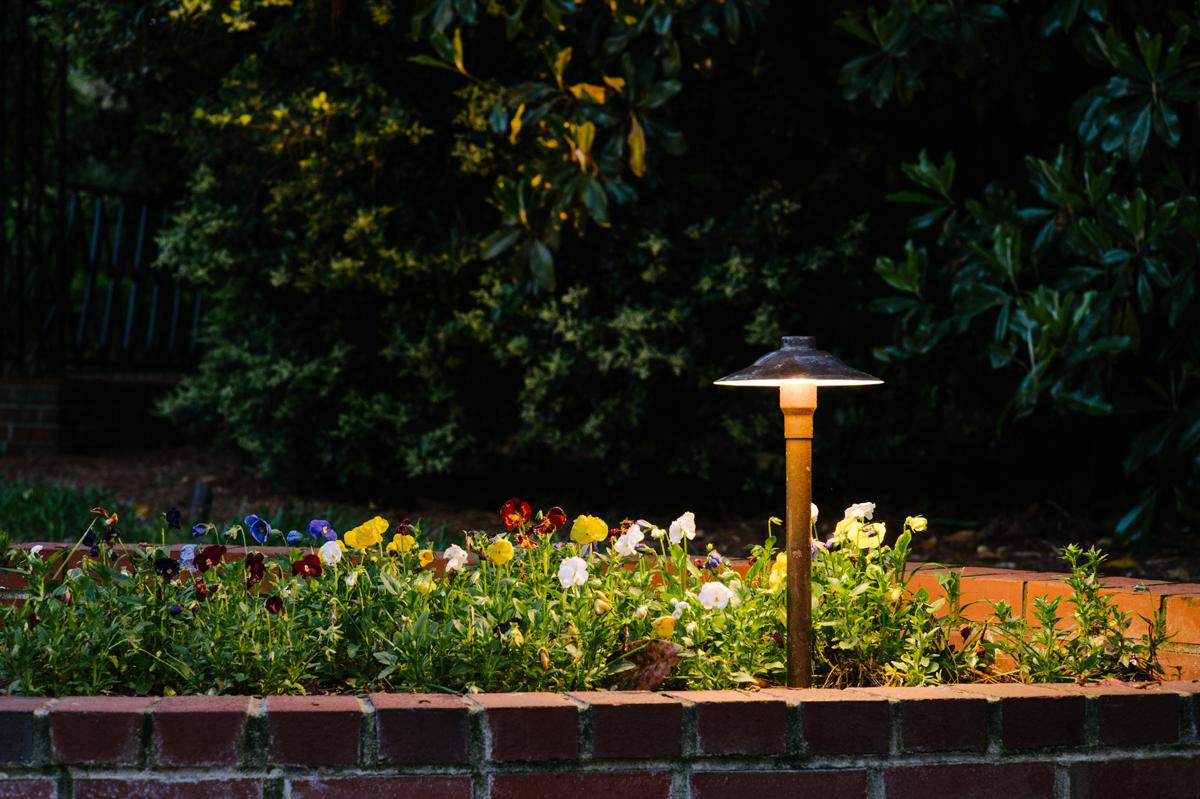 Maple Grove Led Outdoor Lighting Gallery Amp Design