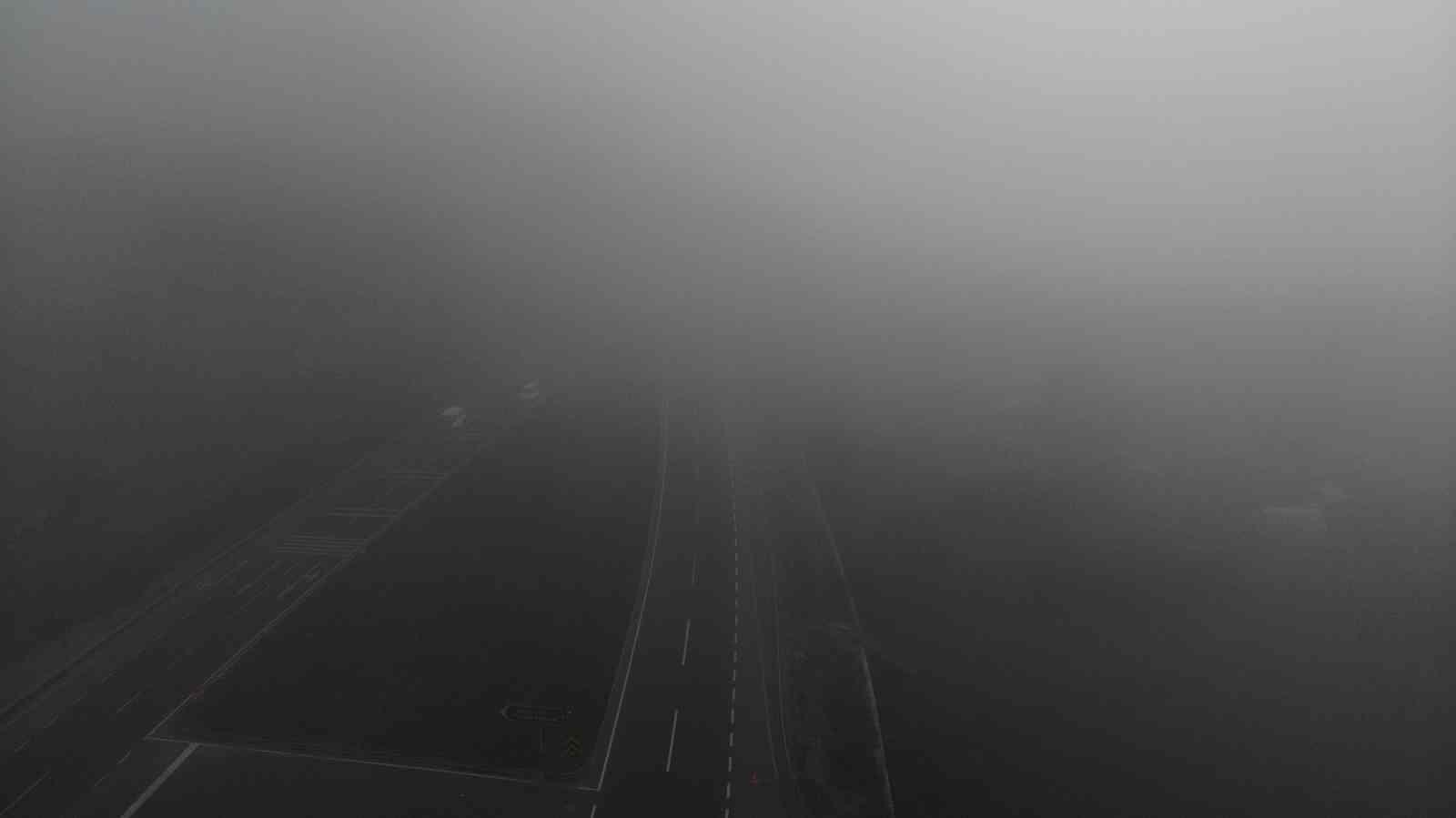 Bolu güne yoğun sisle uyandı