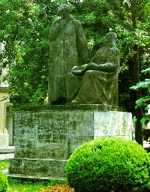 A két Bolyai szobra Marosvásárhelyen