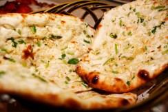 Garlic-Naan_620x430