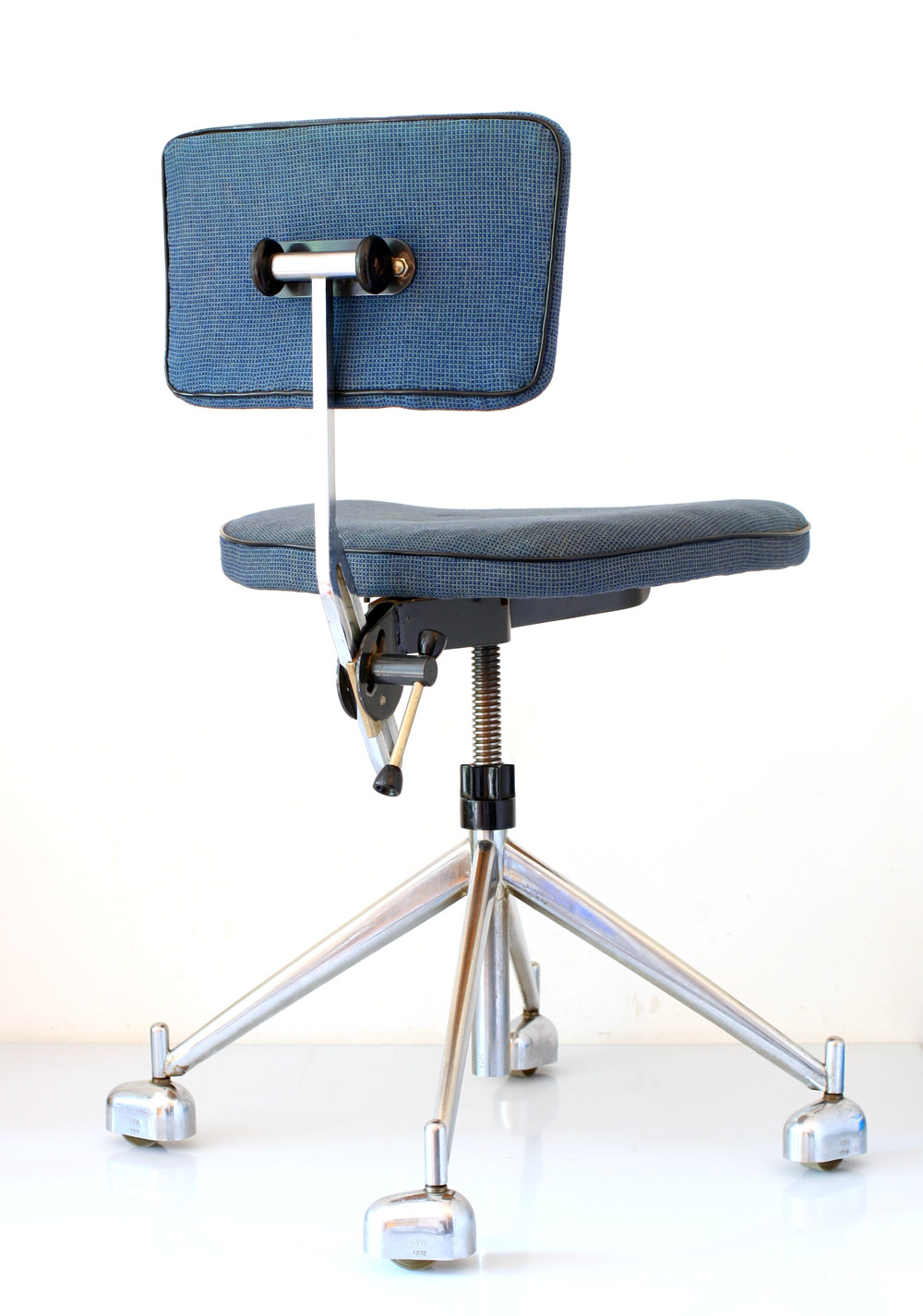 Kevi Chair Kevi Adjustable Retro Office Chair