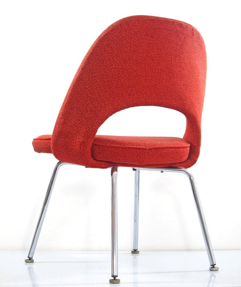 Eero Saarinen chair red vintage Knoll  Bom Design Furniture