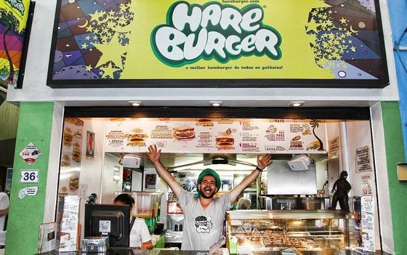 franquia-hareburger-criada-pelo-empresario-raphael-kras-para-vender-hamburguer-vegetariano-na-praia-1424276155172_797x500-2